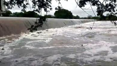 Photo of #Vídeo: Águas das chuvas fazem Barragem Grande 'sangrar'; local é principal atração de Riachão do Jacuípe
