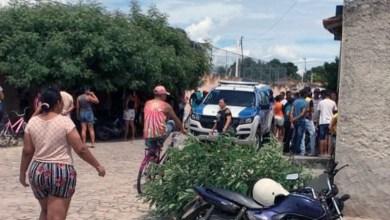 Photo of Chapada: Dois homens são assassinados a tiros dentro de bar no município de Ponto Novo