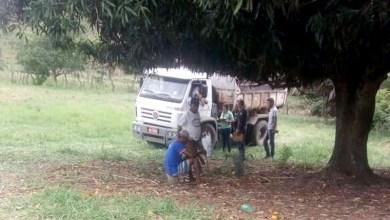 Photo of Chapada: Homens são flagrados extraindo pedras em região de cachoeira e são autuados no município de Jacobina