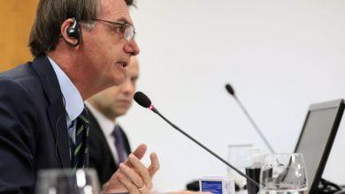 """Photo of #Polêmica: Bolsonaro volta a minimizar pandemia; """"Brasileiro pula em esgoto e não acontece nada"""""""