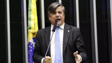 Photo of #Polêmica: Deputado do Pros protocola projeto que sugere 'amputar mãos' de políticos corruptos