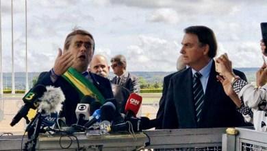 Photo of #Vídeo: Bolsonaro usa humorista para não responder sobre PIB fraco; bananas são oferecidas a jornalistas
