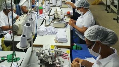 Photo of #Bahia: Empresas de confecção vão fabricar 61 mil peças de vestuário para hospitais baianos