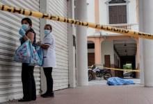 Photo of #Mundo: Imagens registram corpos de vítimas de Covid-19 nas ruas do Equador; vídeos são divulgados