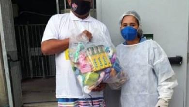 Photo of #Bahia: Homem que venceu a covid-19 doa itens de higiene para unidade onde se recuperou