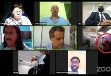 Photo of #Vídeo: Casal é flagrando fazendo sexo durante sessão virtual da Câmara do Rio de Janeiro sobre merenda escolar