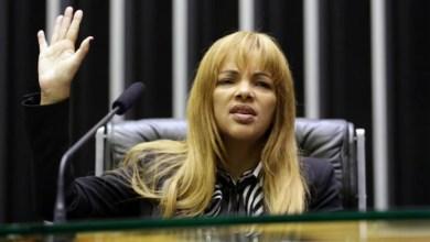 Photo of #Brasil: Flordelis é inocentada após filha assumir que pagou R$5 mil por morte de pastor Anderson