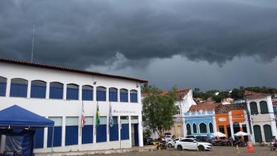 Photo of #Chapada: Chuvas fortes alagam ruas, enchem pontos turísticos e aumentam o frio na região