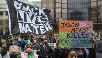 Photo of #Mundo: Mais um homem negro desarmado é morto por policial nos Estados Unidos