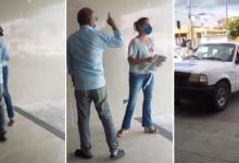 """Photo of #Itaberaba: Vídeo mostra dono do Hospital da Chapada impedindo vacinação de profissionais contra covid; """"Ou vacina todo mundo, ou nada"""""""