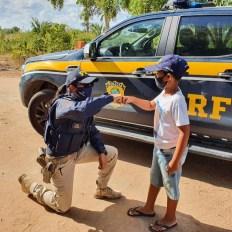 Mais um fã mirim da PRF ganha dia especial   FOTO: Divulgação/PRF  