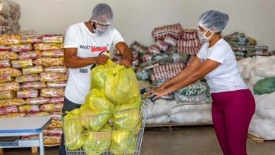 Photo of #Chapada: Secretário de Educação de Seabra desmente 'fake news' sobre distribuição dos kits de alimentação