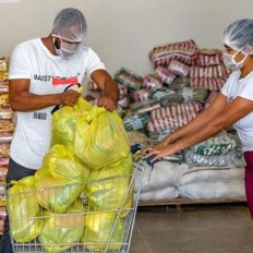 Todas as escolas municipais estão realizando a distribuição dos kits de alimentação e higiene | FOTO: Divulgação/PMS |