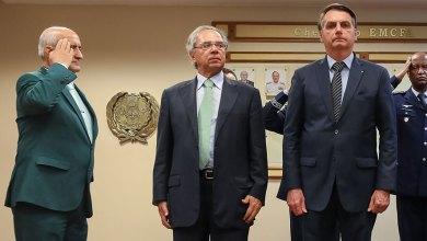 Photo of #Polêmica: Paulo Guedes cria 'teto duplo' e aumenta salários de Bolsonaro e dos ministros militares em até 69%