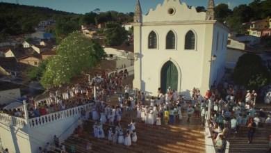 Photo of #Chapada: Marchinha vencedora de concurso, 'Baiana de Lençóis' é lançada em clipe; veja aqui
