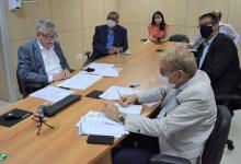 Photo of #Chapada: Prefeito de Piatã representa 270 municípios durante autorização de convênios de gestão ambiental no valor de R$4 milhões