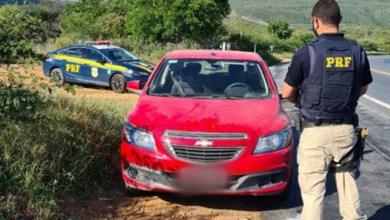 Photo of #Chapada: Carro roubado é recuperado pela PRF abandonado na região do município de Ibitiara