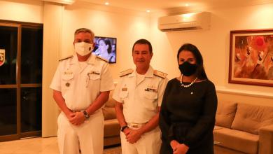 Photo of #Bahia: Em companhia de almirante da Marinha, deputada do PSL participa de lançamento da série 'Luzes da Amazônia Azul'