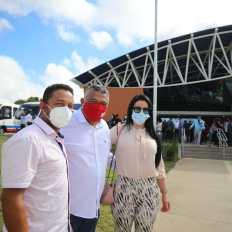 O deputado federal Valmir Assunção durante entrega da policlínica de Eunápolis - FOTO Jonas Santos 3