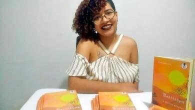 Photo of #Chapada: Poetisa Annandra Lis lança primeiro livro fruto da conexão Utinga e Salvador