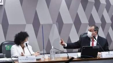 """Photo of #Polêmica: Médica bolsonarista mente e presidente da CPI se irrita; """"Não acreditem nela, tem que vacinar"""""""