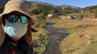Photo of #Brasil: Repórter da Globo faz peregrinação de 421 quilômetros após perder seis familiares para a covid-19
