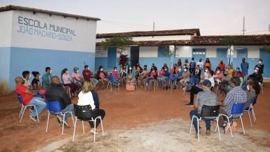 Photo of #Chapada: Prefeita de Lençóis se reúne com moradores do 'Cantinho' para ouvir demandas prioritárias da comunidade