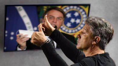 """Photo of #Brasil: """"Tamo junto, sempre. Junto com o homem, nosso Mito"""", diz o técnico Renato Gaúcho ao vice Mourão"""
