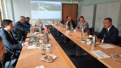 Photo of Rui Costa se reúne com empresa alemã para trazer projeto de energia renovável para a indústria baiana