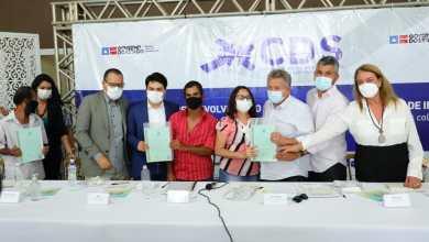 Photo of #Chapada: Governo Rui Costa entrega títulos de terra para agricultores familiares do município de Irecê