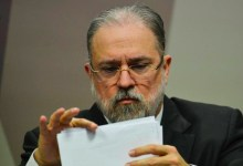 Photo of #Brasil: Senadores da CPI pretendem pedir impeachment de aras caso ele não encaminhe relatório