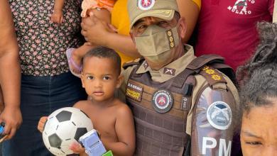 Photo of #Bahia: Ações da PM entregam mais de 300 presentes para crianças no interior do estado