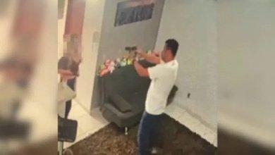 Photo of #Vídeo: Policial Militar enforca e agride empresária por causa de dívida de R$40 mil