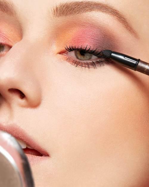 esfumar-olho-multicolorido-tutorial-marcos-costa-natura