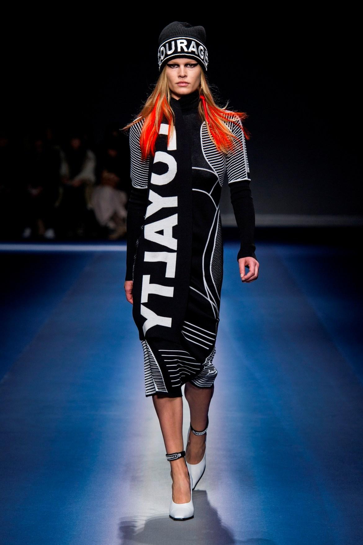 Versace_Women_FW17 (15)