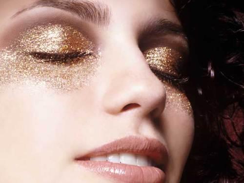 maquiagem-glitter-olho-dourado