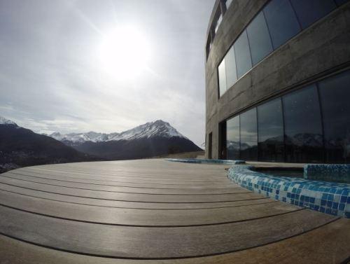 área externa jacuzzi arakur hotel em ushuaia