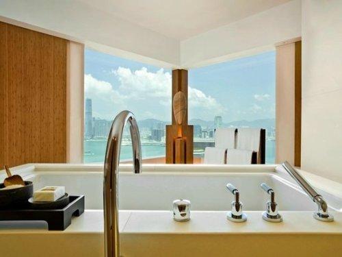 banheira com a melhor vista em hong kong the upper house moderna hotel de luxo impressionante