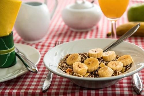 banana com cereal