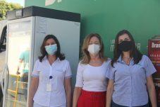 À esquerda, Esther Langui e Denise Minelli do Hospital Carlos Fernando Malzoni e Mirela Jabur, gerente de marketing da Brasilux.(1)