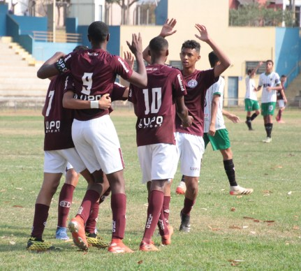 Foto: Millena Cravo Ferroviária - Sub-15 venceu seu quarto jogo seguido.
