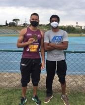 O atleta Alex e o técnico Josimar