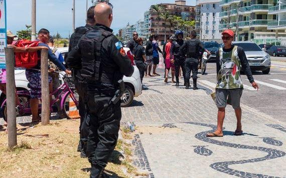 Prefeitura coíbe ação de flanelinhas na orla da Praia do Forte em Cabo Frio