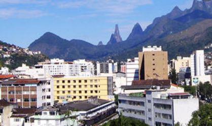 Prefeitura de Teresópolis oferece curso básico de jardinagem para garis comunitários
