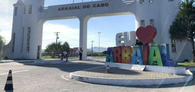 Arraial do Cabo autoriza entrada de ônibus e vans de turismo na cidade