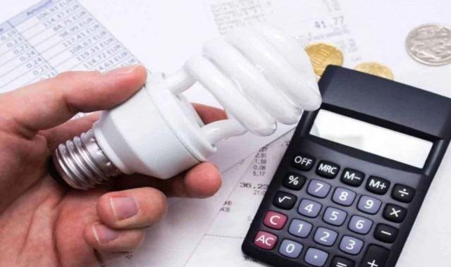 Aneel propõe quase dobrar taxa extra na conta de luz