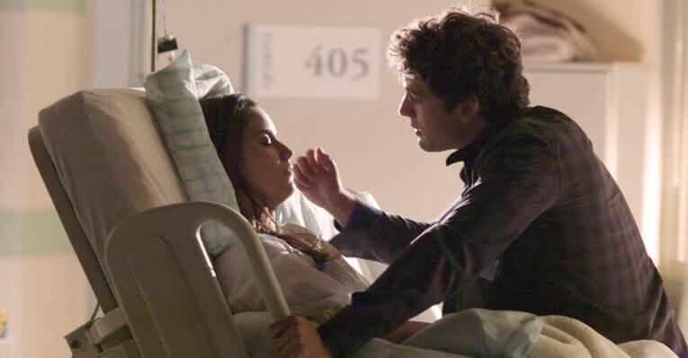 Rodrigo pega resultado de DNA e vai falar com Ana