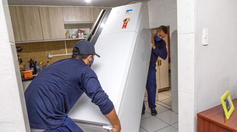 Entrega de geladeira