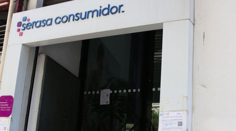 São Paulo - Fachada do Serasa na rua Antônio Carlos, Bela Vista, região central.