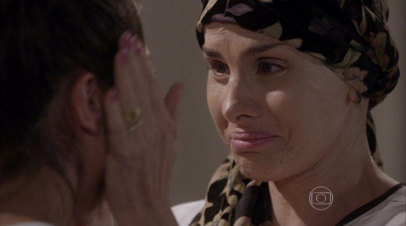 Lucrécia revela sua doença para Jade